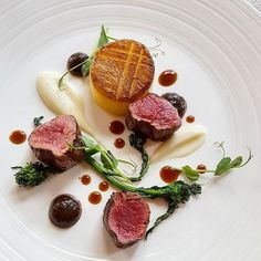 Beef fillet, fondant potato, cauliflower, charred onion puree and rapini #food #lunch #mercurimontreal #meat #culinarychefsportal #chefsofinstagram #chefsroll #chefsplateform #igers #rollwithus #chefscreations #armyofchefs #thestaffcanteen #foodartchefs #foodstarz