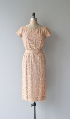 Vintage 1950s pale ballet pink lace sheath dress with short sleeves, fitted waist, matching belt and metal zipper. --- M E A S U R E M E N T S ---