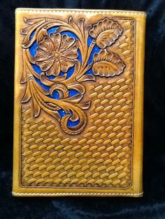 Back of the Filigree notebook with a Celtic basket stamp. Made by Monroe leather