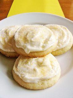 Lemon Sugar Cookies w/ lemony cream cheese frosting