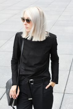 Outfit: minimal black belted look | MyDubio