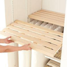 Wardrobe Organisation, Home Organization, Small Space Living, Small Spaces, Closet Hangers, Build A Closet, Cleaning Closet, Creative Storage, Built In Cabinets