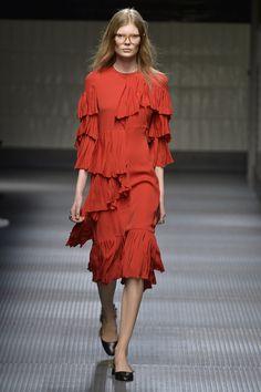 Gucci -  Fashion Month Trendspotting: Head-to-Toe Red  - ELLE.com (=)