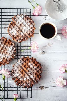 Oatmeal Waffles, Gluten Free Recipes, Healthy Recipes, Healthy Food, Waffle Recipes, Mini Cakes, Diet Tips, Bon Appetit, Food And Drink