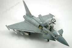 EF-2000B Eurofighter Typhoon 1:32