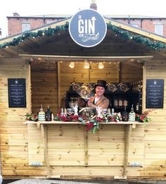 The Gin to My Tonic Christmas market stall Christmas Gin, Christmas Cocktails, Christmas Themes, Ginvent Calendar, Gin Miniatures, Make Your Own Gin, Christmas Market Stall, Edinburgh Christmas