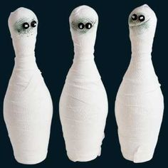 Kids will love this spooky Bowling game! Get instructions here: http://www.bhg.com/halloween/parties/halloween-party-games/?socsrc=bhgpin092012mummybowling=20