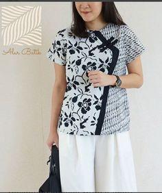 New Ideas Sewing Clothes Women Tunics Wardrobes Batik Kebaya, Batik Dress, Sewing Clothes Women, Clothes For Women, Blouse Batik Modern, Batik Blazer, Fashion Pants, Fashion Outfits, Plus Sise