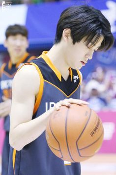 Jay Z Basketball Team Brooklyn Basketball Games For Kids, Best Basketball Shoes, Jaehyun Nct, Lee Min Hyung, Kim Jung Woo, Park Ji Sung, Let's Get Married, Valentines For Boys, Jung Jaehyun
