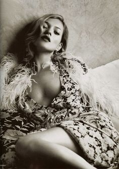 Kate Moss - Inspiration for Photography Midwest | photographymidwest.com | #photographymidwest