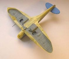 Guide for masking your model for painting. Supplies, tools, and methods explained. Guide for masking your model for painting. Supplies, tools, and methods explained. Modeling Techniques, Modeling Tips, Rc Model, Model Kits, Model Hobbies, Military Modelling, Military Equipment, Model Airplanes, Model Building