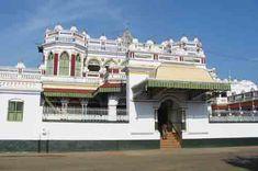 Village House Design, Village Houses, Mughal Architecture, Beautiful Architecture, Chettinad House, Beautiful Homes, Beautiful Places, Ethnic Home Decor, Beautiful Nature Wallpaper