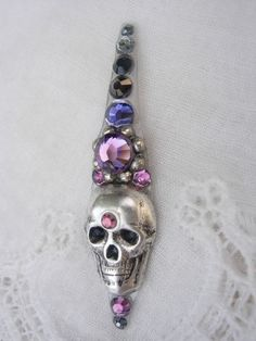 Dusk Skull Bindi - swarovski belly dance crystal tribal bindi