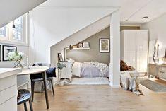 Lovely small and attic apartment m²) Tiny Apartments, Tiny Spaces, Attic Apartment, Apartment Living, Studio Apartment, Small Space Living, Living Spaces, Deco Studio, Lofts