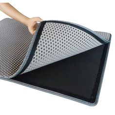Check out the cool new JUMBO cat litter mat from WooPet!