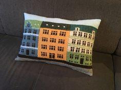 Ravelry: Project Gallery for Copenhagen Building Blocks pattern by Jake Henzler Knitted Washcloth Patterns, Knitted Washcloths, Knitting Patterns, Knitted Cushions, Knitted Blankets, Knit Pillow, Pattern Blocks, Creative Crafts, Knitting Projects