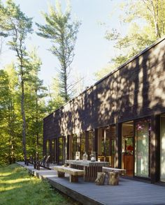 Sixteen Doors Exterior by inc architecture & design (new york) Wooden Outdoor Table, Outdoor Decor, Outdoor Seating, Wood Table, Architecture Design, Glass Cabin, Cabin In The Woods, Rustic Exterior, Forest House