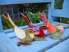 SG birds on flat leaf | Louise Nelson | Flickr