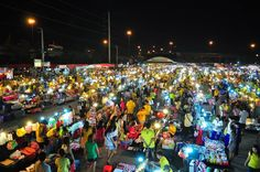 Viewed and trusted by millions to be an authority in Bangkok, check out list of Must Go Night Markets in Bangkok! We help make your planning easier!