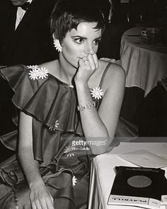 Missed this one...Happy Belated Birthday to #LizaMinnelli. This iconic photo of Liza was captured at Sardi's Restaurant NYC - April 21 1968. #Cabaret #JudyGarland #LornaLuft #NewYorkNewYork