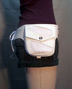 white hip holster for a bride... @R.  Taylor if anyone can pull this off its you!