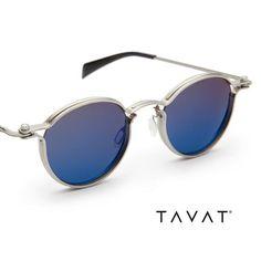 Tips On Buying Designer Sunglasses – Sunglasses Vault Unisex Fashion, Mens Fashion, Mirrored Sunglasses, Mens Sunglasses, Fashion Eye Glasses, New Glasses, Neue Trends, Eyewear, Jewelry Accessories