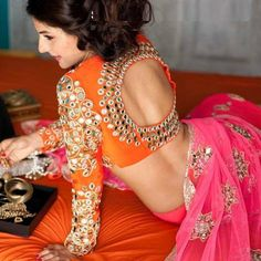 Mirror Work Saree Blouse Designs – Beautiful saree blouse designs with mirror work all over the blouse. Can make a great combination when paired up with plain sarees. Indian Attire, Indian Ethnic Wear, Indian Style, Beauty And Fashion, Asian Fashion, Women's Fashion, Indian Dresses, Indian Outfits, Ethnic Outfits