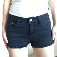 Bullhead Black Shorts In perfect condition, just a bit too short for my taste. High rise. The fit is perfect and snug. Runs rather small fits a small/ size 1 best Bullhead Shorts Jean Shorts