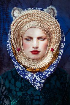 The Modern Nomad Sicky Magazine  Photography – Gidi van Maarseveen @ Benjamin Braddock Styling – Maaike Peek Model – Xanthe @ De Boekers Hair & Make Up – Sanne Bleeker