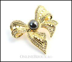 Idei de cadouri de Craciun, bijuterii stilate Aur, Brooch, Jewels, Jewerly, Brooches, Gemstones, Fine Jewelry, Gem, Jewelery