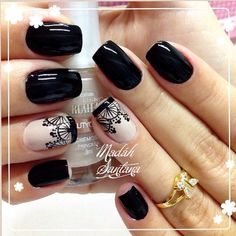 Opting for bright colours or intricate nail art isn't a must anymore. This year, nude nail designs are becoming a trend. Here are some nude nail designs. Fabulous Nails, Perfect Nails, Gorgeous Nails, Pretty Nails, Fancy Nails, Love Nails, My Nails, Nagel Gel, Stylish Nails