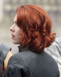 Short Cut Black Widow Hair Color Avengers Red Haircuts Styles Black Widow H Medium Hair Cuts, Medium Hair Styles, Short Hair Styles, Short Red Hair, Short Hair Cuts, Hair Color For Black Hair, Cool Hair Color, Hair Colour, Red Hair Inspo