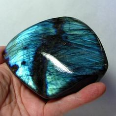 -Labradorite- Stimulates imagination,  helps develop enthusiasm and thus, new ideas and helps to see more clearly in meditation.