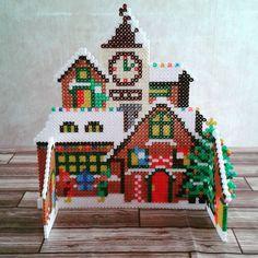 3D Christmas Santa workshop hama beads by lesenviesdelily - Pattern: https://de.pinterest.com/pin/374291419011084233/