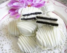 White Chocolate-Covered Oreos... comes in the winter
