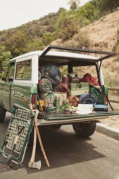World Camping. Tips, Tricks, And Techniques For The Best Camping Experience. Camping is a great way to bond with family and friends. Ford Bronco, 2020 Bronco, Camping Life, Camping Gear, Hiking Gear, Camping Hacks, Camping Stores, Camping Cot, Camping Hammock