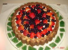 Receita de Bolo de Mascarpone com Frutas Vermelhas - bolo, sem tubo central. - Em uma tigela misture juntas, a farinha, o fermento, o bicarbonato e o sal. Reseve. - Na batedeira, em velocidade...