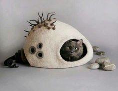 Felting Cat House by Yuliya Kosata