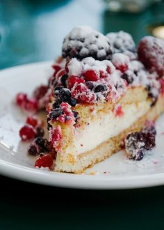 Cheesecake with mixed berries on top