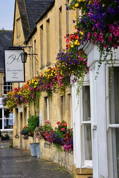 ~Stow-on-the-Wold~ the most perfect village.