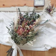 Dried Flowers Bouquet Epoxy Resin Flowers Red And Black Wedding Theme – olivetal Hand Bouquet Wedding, Wedding Bouquets, Cheap Wedding Flowers, Bridal Flowers, Dried Flower Bouquet, Dried Flowers, Black Wedding Themes, Rustic Bouquet, Resin Flowers