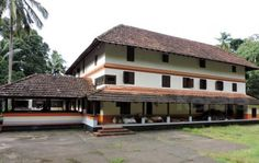 The Grandeur of #Heritage .... Thavanoor Mana, the ancestral home of Nambuthiri family of Thavanoor in Malappuram Dt, is one of the best maintained Ettukettu in Kerala and the family still adheres to their cultural ethos and values. The cultural and architectural features of Thavanoor Mana are a valuable asset to the Heritage of Kerala.