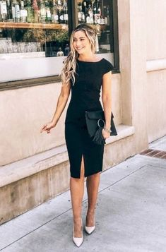 Flawless Summer Outfits Ideas For Slim Women That Looks Cool - Oscilling Casual Work Outfit Summer, Work Casual, Casual Office, Outfit Work, Casual Chic, Classy Outfits, Chic Outfits, Fashion Outfits, Womens Fashion