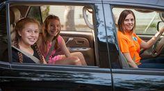HopSkipDrive, ecco l'Uber per i più piccoli http://www.sapereweb.it/hopskipdrive-ecco-luber-per-i-piu-piccoli/        HopSkipDrive Pochi lo sanno ma Uber e soci possono essere usati solo da maggiorenni e minorenni accompagnati. Almeno per il momento perché HopSkipDrive è una startup che vuole portare il car sharing anche ai più piccoli. Ideata da tre madri statunitensi, la startup con sede a Los An...