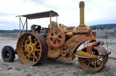 Buffalo Springfield steam roller... built to last longer than the roads it made