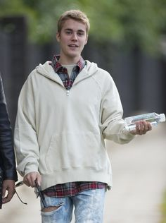 October 13: [More] Justin spotted out in London, UK.