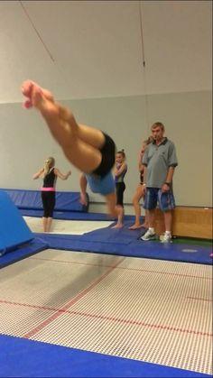 full twist drill on inground tramp with sock Gymnastics Lessons, Gymnastics Routines, Gymnastics Room, Tumbling Gymnastics, Gymnastics Coaching, Gymnastics Quotes, Gymnastics Training, Gymnastics Videos, Gymnastics Workout