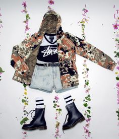 #outfit #junkyardxxxy #junkyard #stussy #drmartens #adidas #inspo #flowers #denimshorts