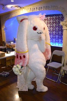 兵頭写真館R/デパートメントH 6月の花嫁-フロアー・楽屋篇/見返りキュゥべえ 腰付きがセクシーです。