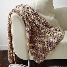 Check out the video tutorial for this crochet afghan pattern.